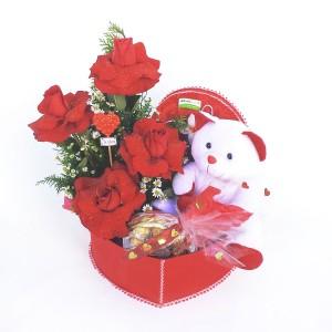 Cesta-Baú-com-Rosas-Importadas,-Urso-e-Chocolates